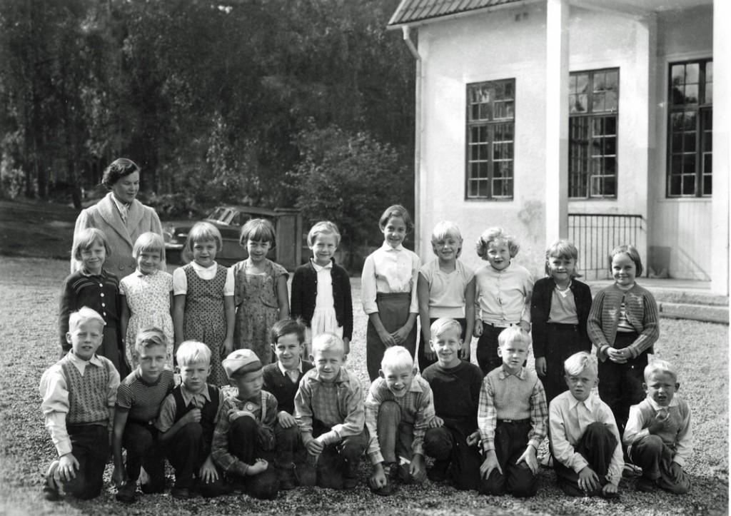 skolklass-1957-söderö-liten